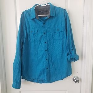 3/$25 CJ Black blue pinstriped shirt sz L
